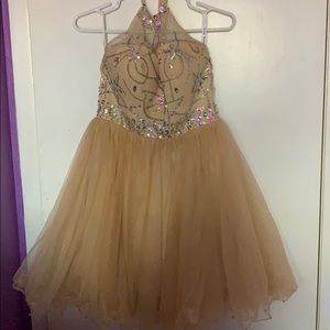 Dresses & Skirts - Beautiful beaded dress